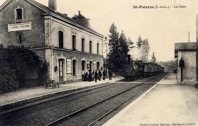 La gare St Paterne-St Christophe... à Saint-Paterne-Racan